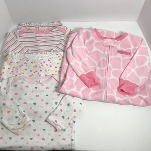 4 pieces Baby Sleepers 0-3 months Fleece/Cotton